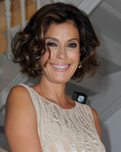 Teri-Hatcher-Curly-Hairstyles-2013