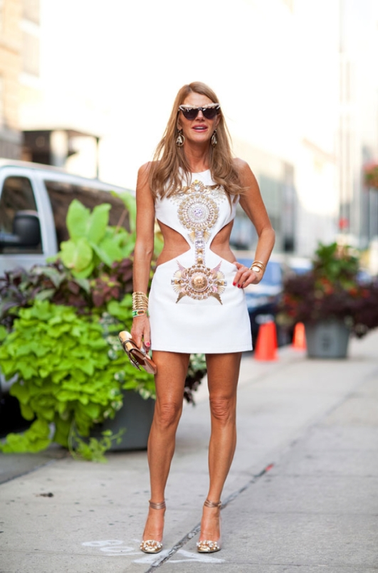New-York-Fashion-Week-Street-Style-Portable-Anna-Dello-Russo