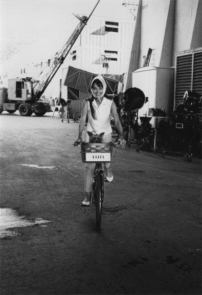 Audrey_Hepburn_on_the_bicycle__My_Fair_Lady___1963_504b1935d6ed6