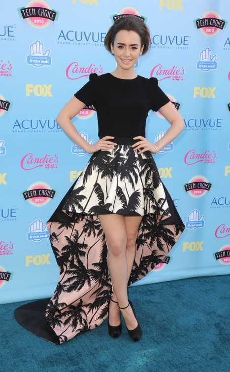rs_634x1024-130811170333-634.LilyCollins.TeenChoiceAwards.8.11.13.JMD_copy