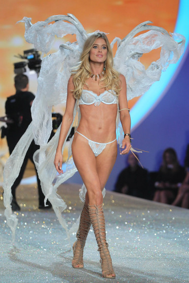 2013 Victoria`s Secret Fashion Show