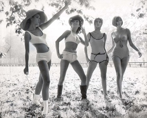 pkt3318-237015 Triumph International Show swimsuits. (L to R): Chris Rieker Germany in Aktuell, Anette Buhrens Germany in Club swimsuit, Geka Sommer Germany in Montecarlo and Davina Adams of Australia in Alassio in Hyde Park.